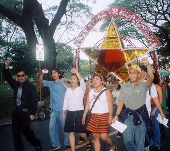 CONTEND-UP's lantern at the Lantern Parade, UP Academic Oval (17 December 2003)